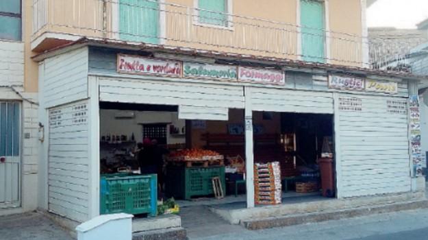 ladri, negozio, Ragusa, Cronaca