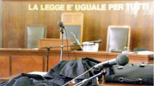 Caltanissetta sequestrarono operatrice sociale assolti, Caltanissetta, Cronaca