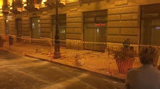 balcone, crollo, Palermo, Cronaca