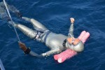 Apnea, a Ustica Chiara Obino migliora il record del mondo
