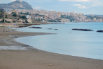 Sciacca, acqua sporca e melmosa vicino una località balneare
