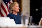 """Dopo le mail, su Hillary altro caso: """"Villa ristrutturata senza permessi"""""""