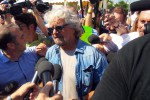 Grillo difende il neo assessore di Roma: aveva la tessera del Pd? Anch'io
