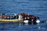 Naufraga barcone nel Mediterraneo, 42 cadaveri recuperati: centinaia i dispersi