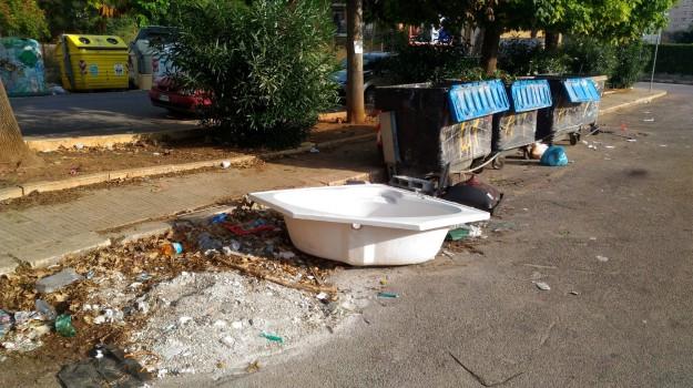 caltanissetta, polizia municipale, rifiuti, Caltanissetta, Cronaca