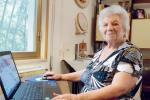 """Salemi, a 98 anni una """"nuova giovinezza"""" grazie a Facebook"""