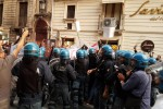 Catania, tensioni alla festa dell'Unità Scontri manifestanti-polizia