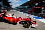 Malaysia, Hamilton vola nelle Libere Rosberg e le due Ferrari inseguono