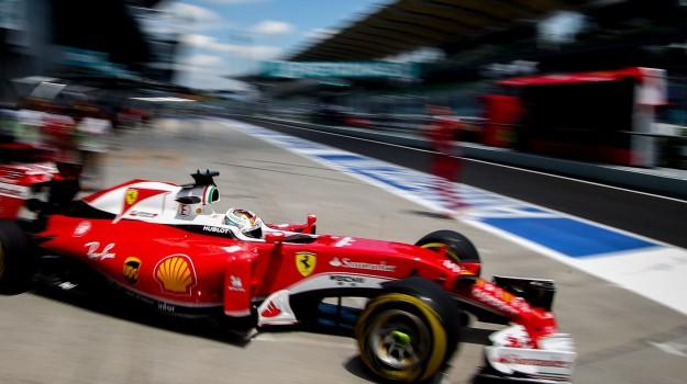 Ferrari, malaysia, Sepang, Lewis Hamilton, Sicilia, Sport