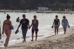 Caldo fuori stagione a Palermo, con lo scirocco si torna al mare: le immagini da Mondello - Video