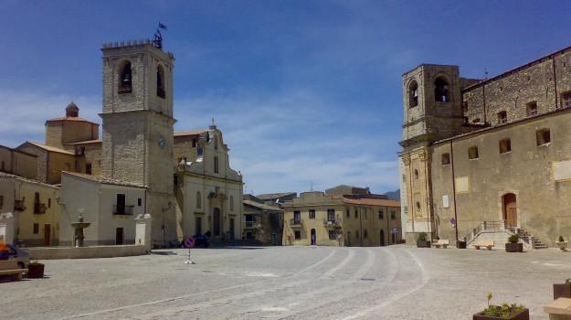 consiglio comunale, Palazzo Adriano, scioglimento, Angelino Alfano, Mariella Lo Bello, Rosario Crocetta, Palermo, Cronaca