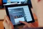 Dalla tv allo smartphone, tutti i rischi per bimbi e ragazzi: dagli Usa le linee guida per un uso corretto