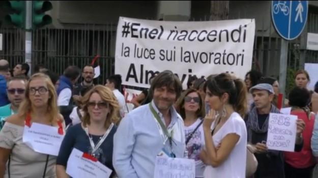 almaviva, call center, trasferimenti, vertenza, Palermo, Economia