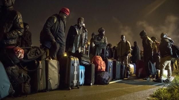 francia, giungla di Calais, immigrazione, migranti, Sicilia, Migranti e orrori, Mondo