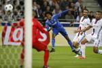 Super Buffon, la Juve vince in 10 Contro il Lione decide Cuadrado