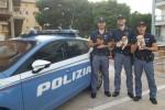 Siracusa, tre cuccioli abbandonati per strada salvati dagli agenti