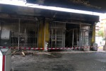 Il distributore di carburanti incendiato a Gela