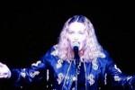 """""""Se votate Hillary vi faccio..."""", la proposta a luci rosse di Madonna è virale"""