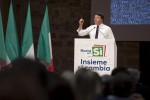 """Due giorni in Sicilia, Renzi è a Palermo """"Referendum? Non è voto sul governo"""""""