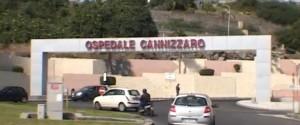 Floridia, uomo si dà fuoco nel cortile di casa: grave all'ospedale Catania