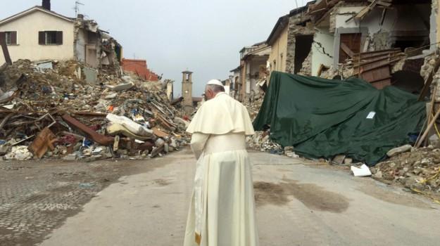 sisma Amatrice, sisma centro italia, terremoto centro italia, Papa Francesco, Sicilia, Cronaca