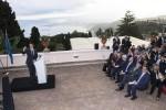 La visita di Renzi in Sicilia, a Taormina presenta il G7: scommessa anche contro il terrorismo