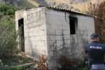 Casolare in fiamme a Ciaculli - Le immagini del rogo