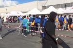 Mille migranti al porto di Palermo, le immagini dello sbarco - Video