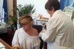 Il ministro della Salute Beatrice Lorenzin a Roma si sottopone al vaccinoanti-influenzale