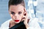 """Borse, vince lo stile vintage """"eco"""": sì a pellicce e cuoio... ma sintetici"""
