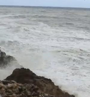 Forte vento su Palermo, non parte la nave per Ustica: temperature in calo