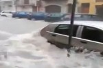 Nubifragio a Licata, le strade come fiumi in piena: le immagini - Video