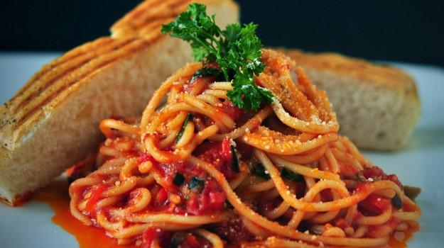 cibo, social, Sicilia, Società