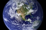 """Esperti: """"La Terra respirando emette nove volte più CO2 dell'uomo"""""""