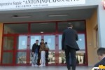 Prof aggredito a Palermo, cresce la paura tra i docenti
