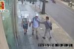 Spagnolo derubato a Palermo, il video dello scippo