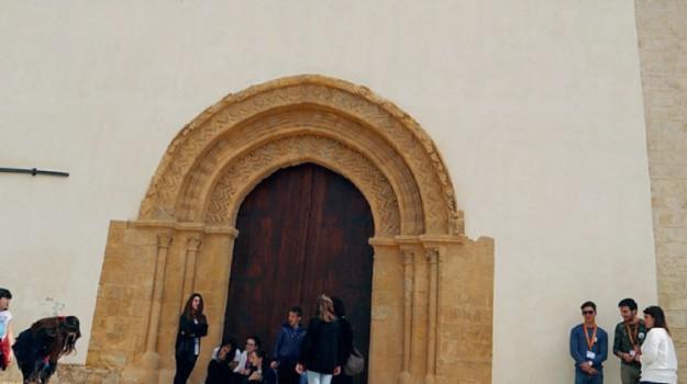 chiesa madre caltanissetta, Caltanissetta, Cultura