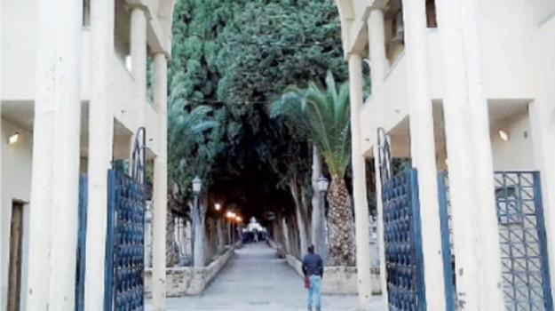 cimitero canicattì, Agrigento, Cronaca