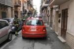 Crolla un muro a Borgo Vecchio, una persona rimane ferita - Video
