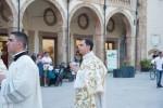 """""""Lo sguardo va protetto"""", parroco di Marsala benedice i cellulari"""