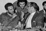 """Eroe per la sinistra del mondo, tiranno per i nemici. Fidel Castro: una vita da """"lider màximo"""" - Foto"""