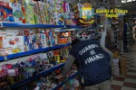 Giocattoli e orologi, diecimila prodotti sequestrati a Ragusa