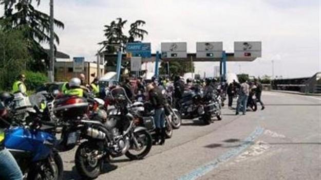motociclisti, pedaggio autostradale, Sicilia, Economia