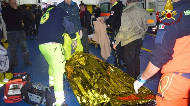 funerali, lipari, marittimi morti messina, Messina, Cronaca