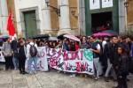 Palermo, circa 5mila studenti in piazza contro il governo. Traffico in tilt - Video