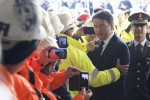 """Renzi a Caltanissetta: """"Decontribuzione totale per le assunzioni al Sud. In Sicilia 500 milioni per le strade"""""""
