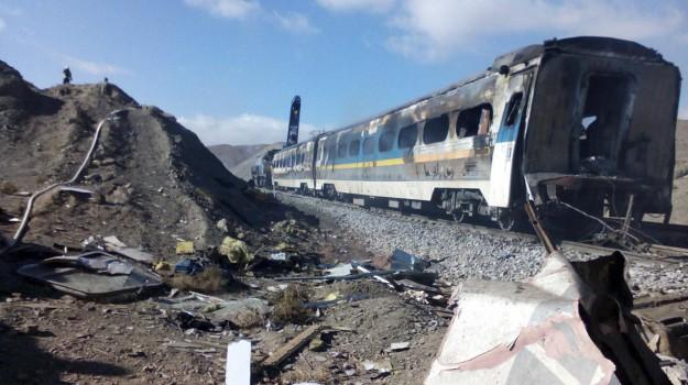 Iran, scontro treni iran, Sicilia, Mondo