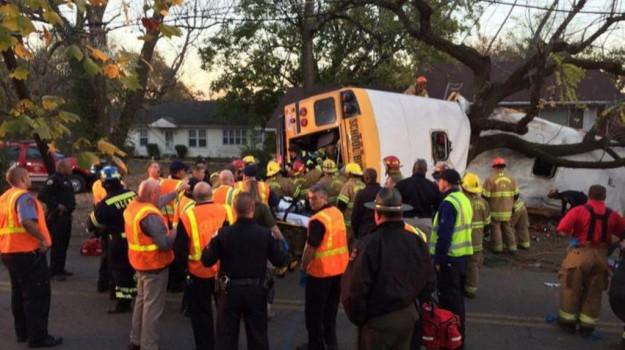 incidente scuolabus, Stati Uniti, tennessee, Sicilia, Mondo