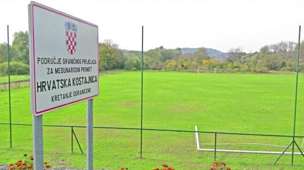 Bosnia, campo di calcio, croazia, Sicilia, Mondo