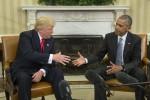 Trump ricevuto alla Casa Bianca, stretta di mano con Obama: lavoriamo per il suo successo - Foto